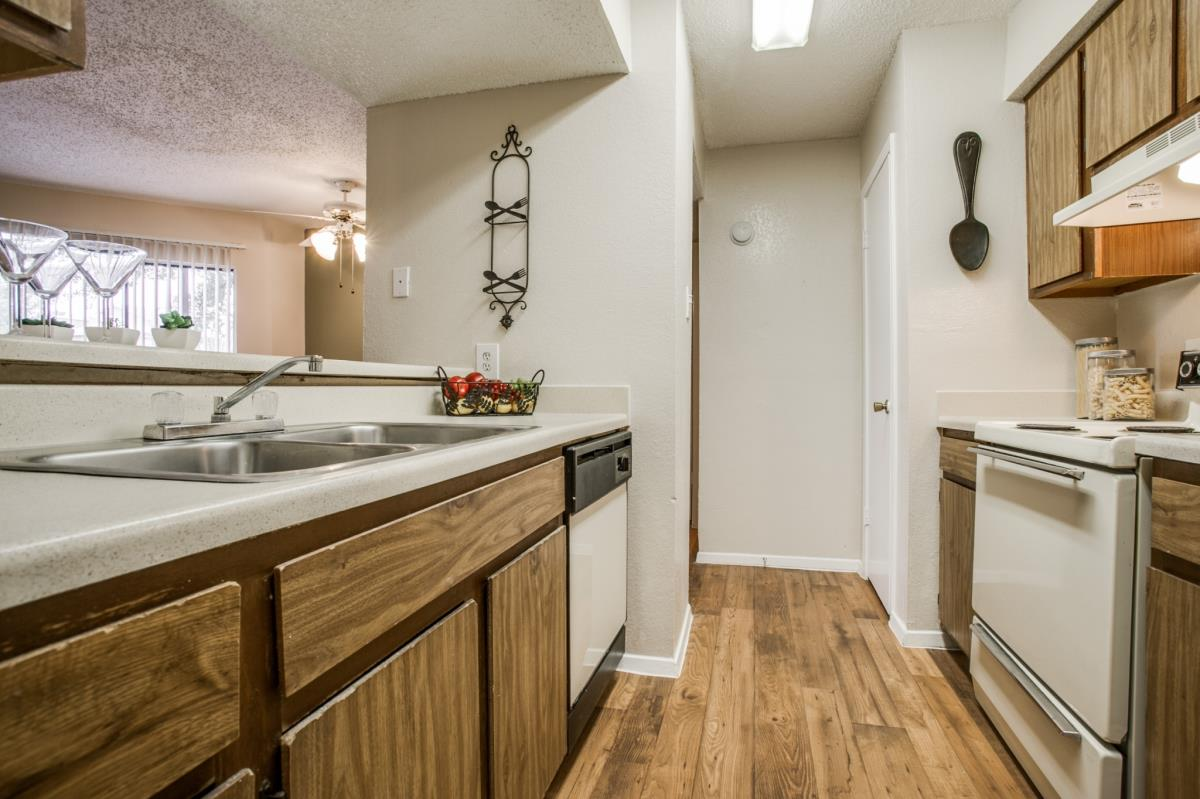 Kitchen at Listing #135986