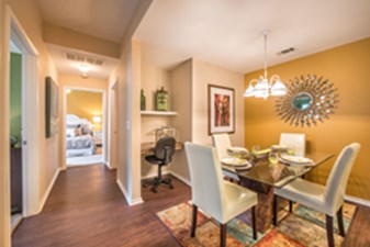 Dining at Listing #144590