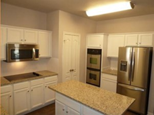Kitchen at Listing #141411