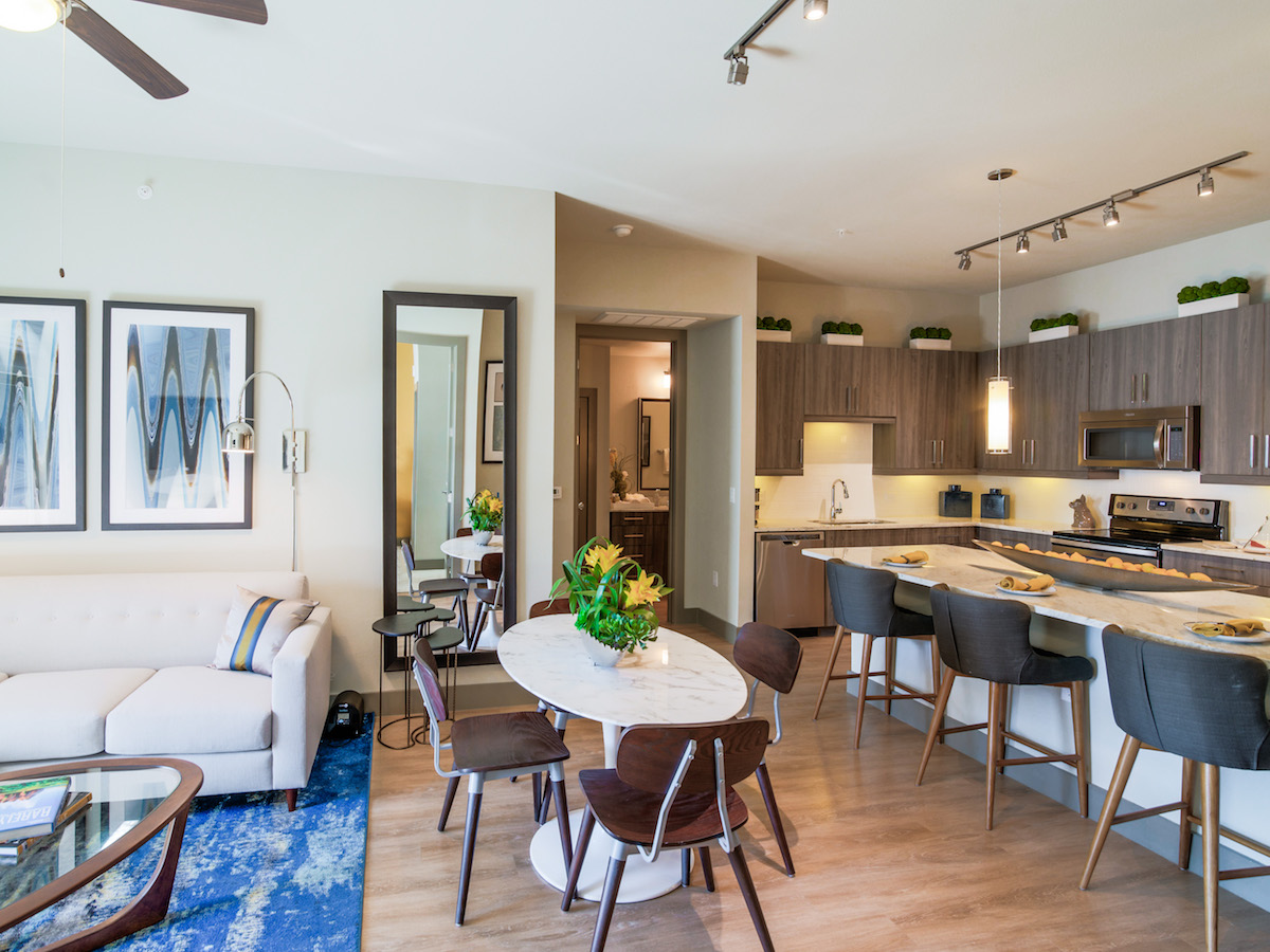 Dining/Kitchen at Listing #281186