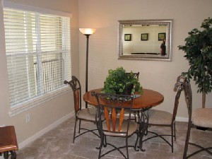 Dining at Listing #145137