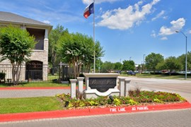 Bentley Place at Willowbend Apartments Plano TX