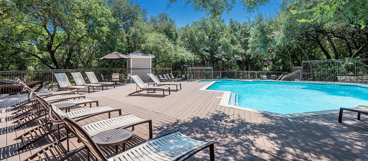 Pool at Listing #140390