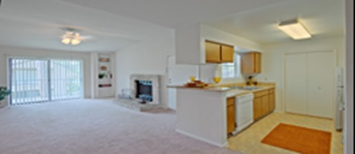 Living/Kitchen at Listing #138654