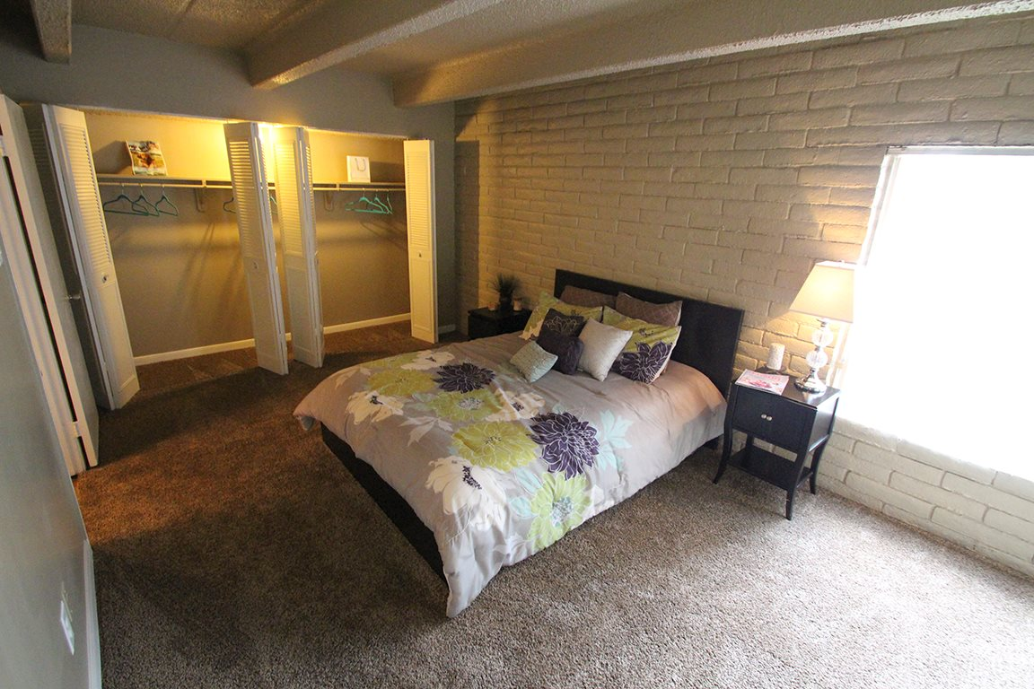 Bedroom at Listing #135822