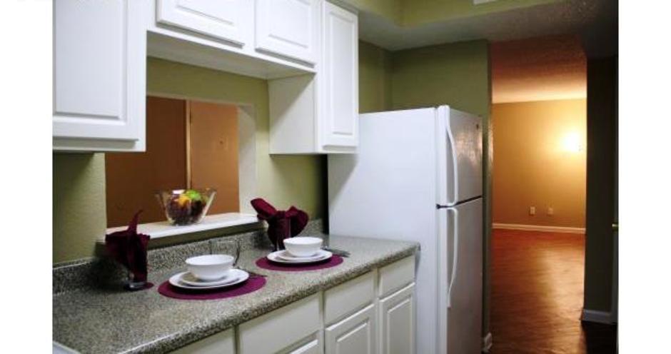 Kitchen at Listing #138386