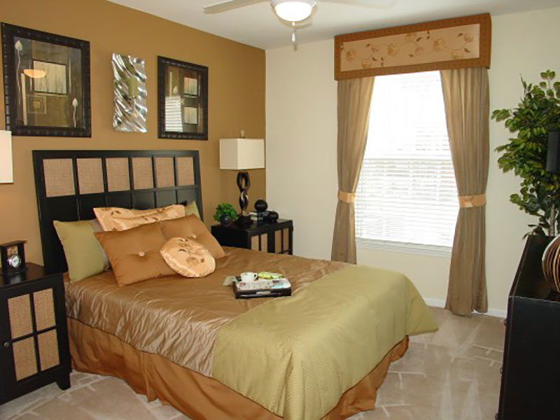 Bedroom at Listing #144693