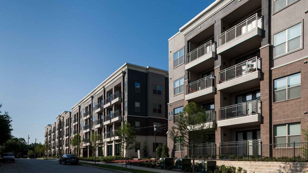 Axis at Wycliff Apartments Dallas, TX