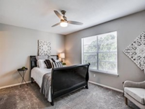 Bedroom at Listing #140937