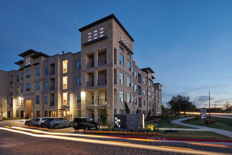 Windsor Burnet Apartments