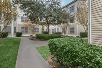 Exterior at Listing #140073