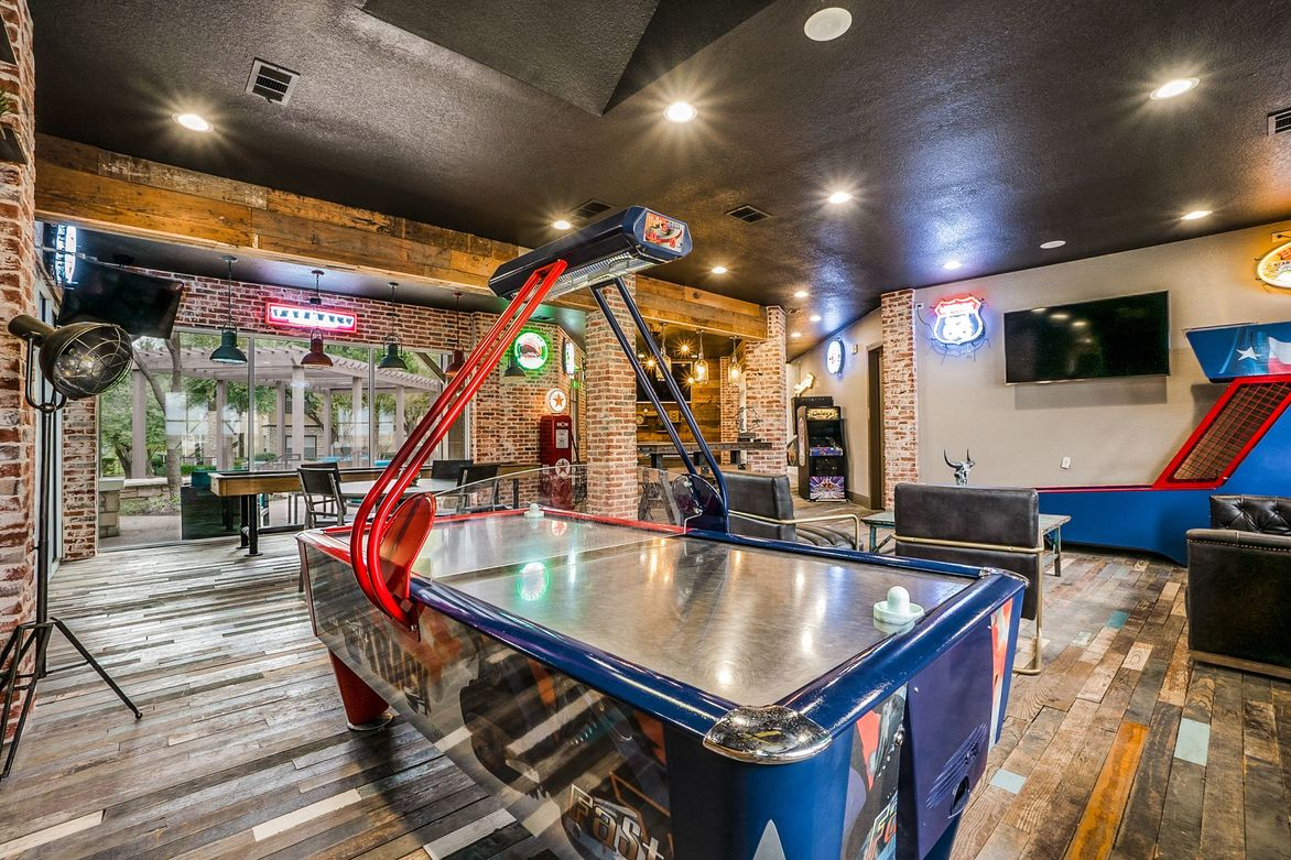 Game Room at Listing #137647