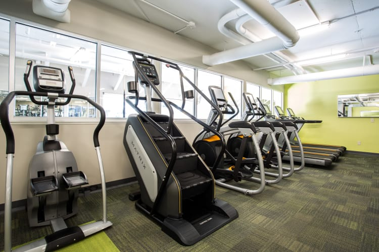 fitness center at Listing #145716