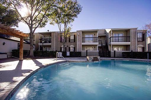 Pool at Listing #138643