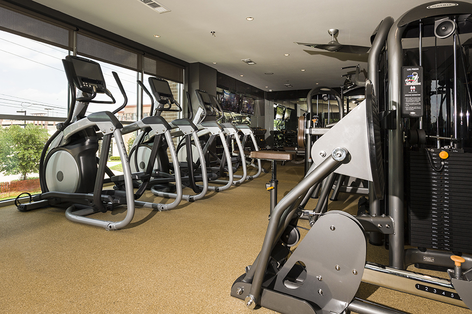Fitness at Listing #236572