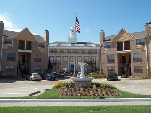 Park at Cedar Lawn Apartments Galveston TX
