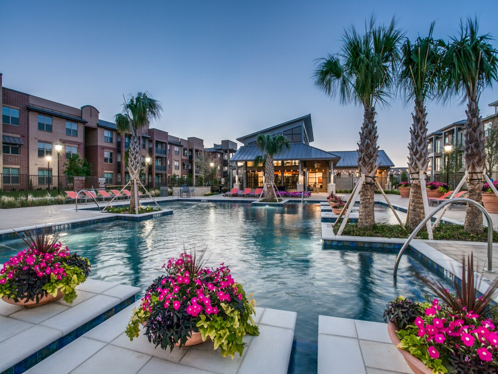 The Commons of Chapel Creek Apartments