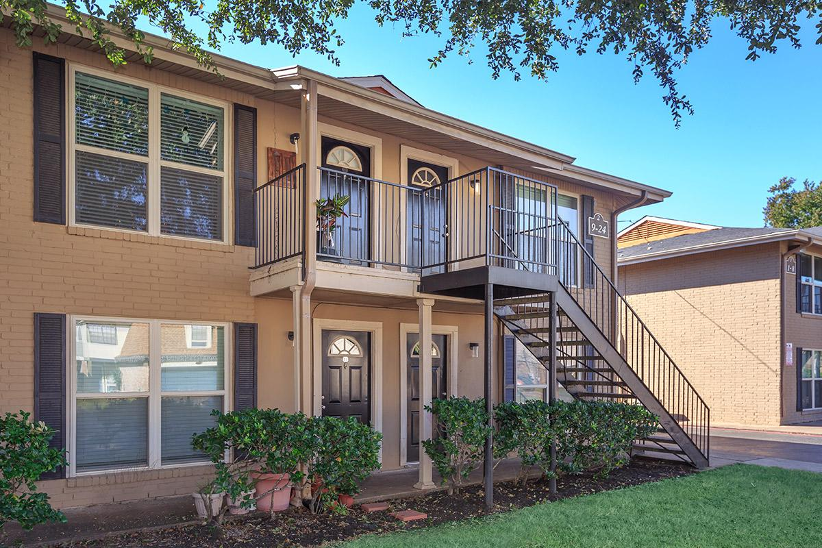 Exterior at Listing #138303