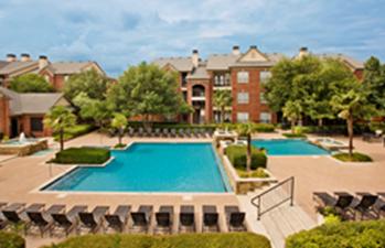 Pool at Listing #137597