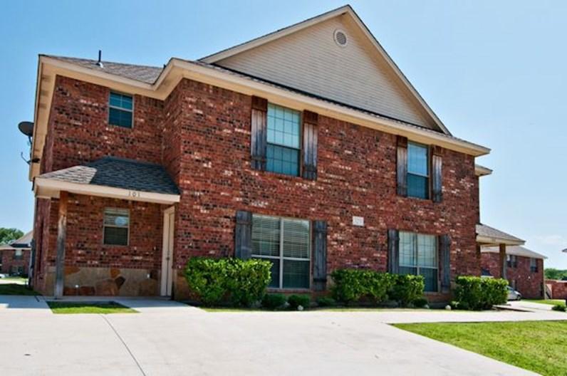 Woodhaven Villas Apartments