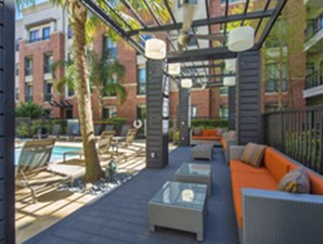 Lounge at Listing #144787