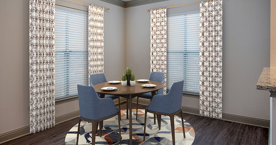 Dining at Listing #138092