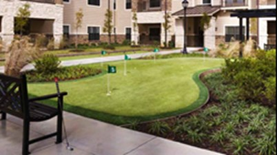 Putting Green at Listing #251430