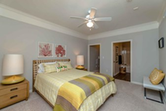 Bedroom at Listing #145171
