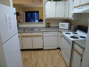 Kitchen at Listing #140713