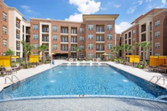 Pool at Listing #277625