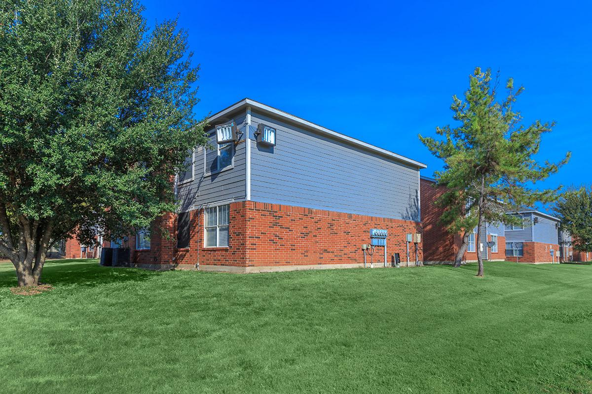 Exterior at Listing #137654