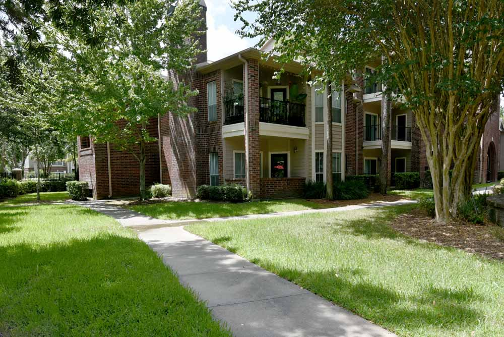 Exterior at Listing #138681