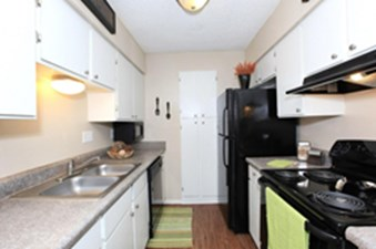 Kitchen at Listing #140243