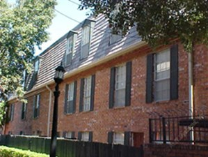Exterior 3 at Listing #138866