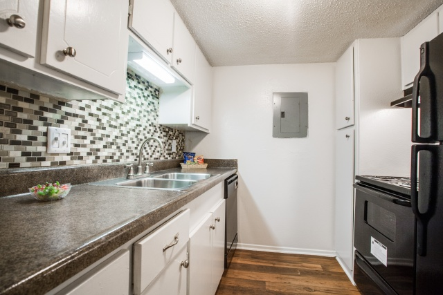 Kitchen at Listing #136845