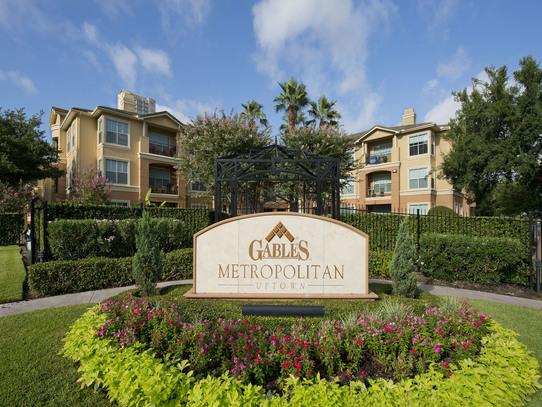Gables Metropolitan Uptown ApartmentsHoustonTX