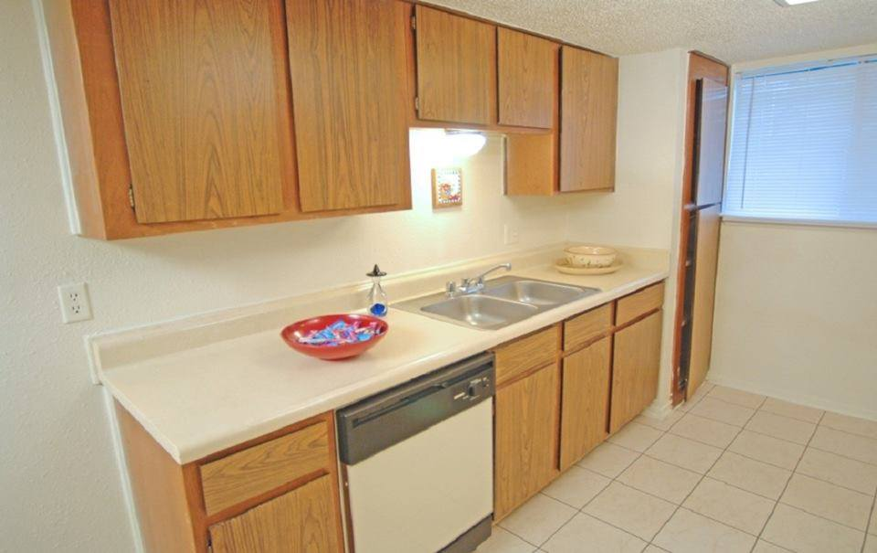 Kitchen at Listing #140470