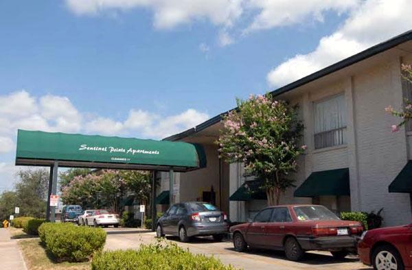 Parker Broadway Apartments San Antonio TX