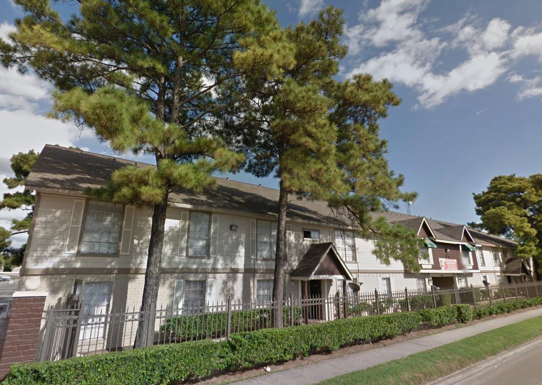 English Oaks Apartments Houston TX