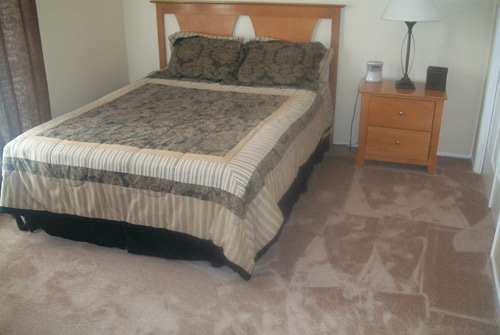 Bedroom at Listing #143297