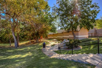 Courtyard at Listing #138095
