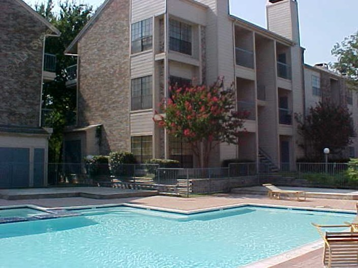Twin Oaks Apartments