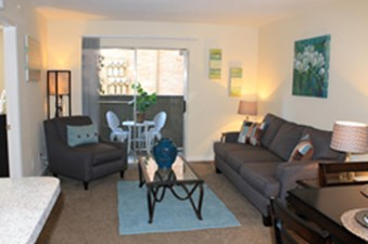 Living at Listing #139825