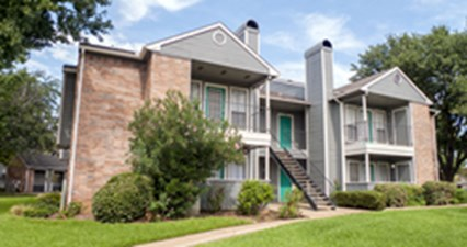 Exterior at Listing #137046