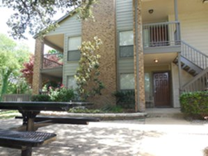 Exterior at Listing #135718