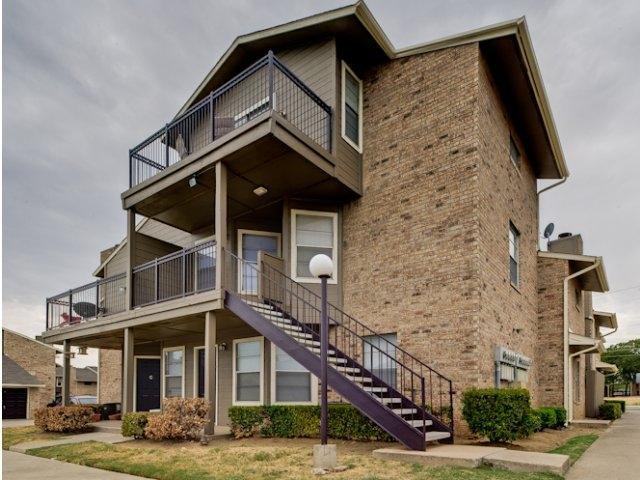 Mack Park Apartments