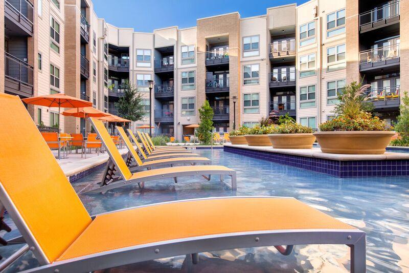 Pool at Listing #261347