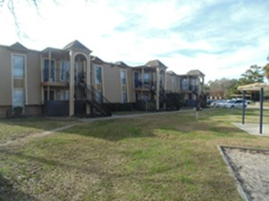 Exterior at Listing #139511