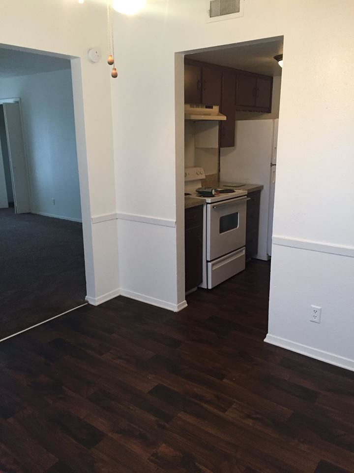 Dining/Kitchen at Listing #136598