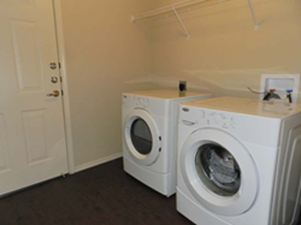Laundry at Listing #150835